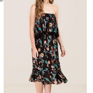 NWT JAYLA FLORAL MIDI DRESS